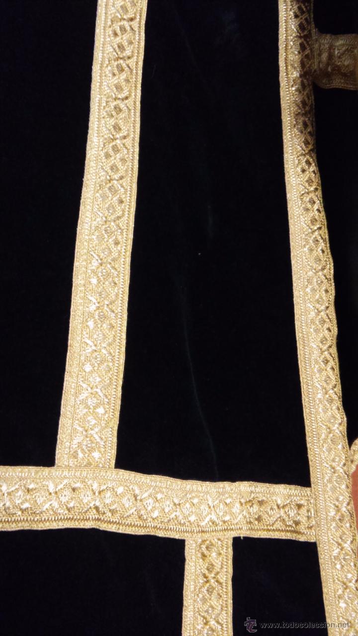 Antigüedades: MAGNIFICAS DALMATICAS DE TERCIOPELO NEGRO CON GALON DE ORO METALICO - Foto 6 - 54097550