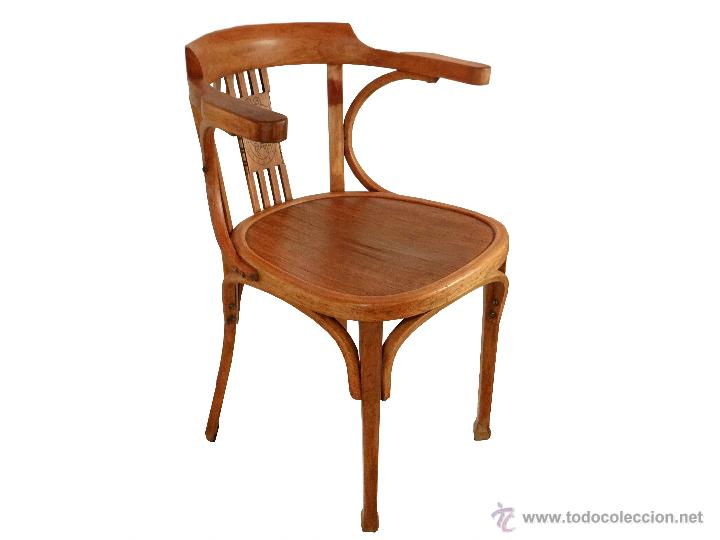 Antigua silla escudo iniciales c y m comprar sillas for Sillas escritorio zaragoza