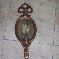 Antigüedades: APLIQUE DE PARED DE MADERA Y BRONCE. Lote 54138808