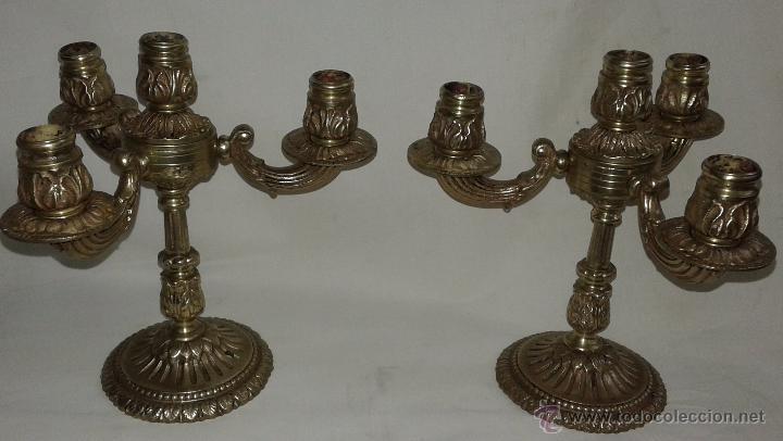 Antigüedades: Pareja de candelabros de bronce, mediados del siglo XX - Foto 2 - 54150839