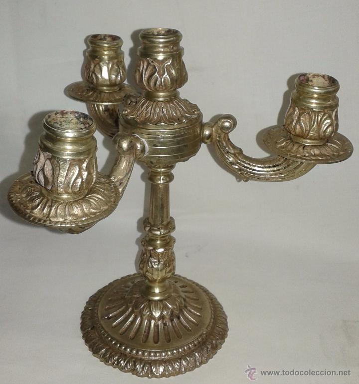 Antigüedades: Pareja de candelabros de bronce, mediados del siglo XX - Foto 3 - 54150839