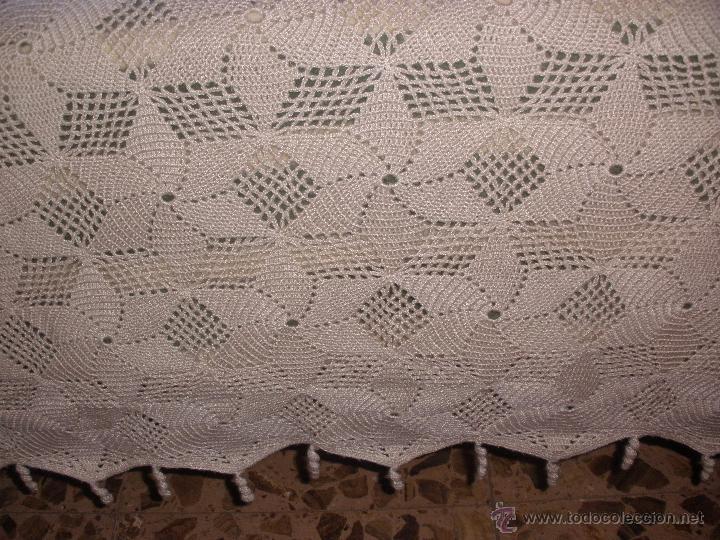 Antigua colcha de aplicaciones de crochet color comprar - Aplicaciones de crochet para colchas ...