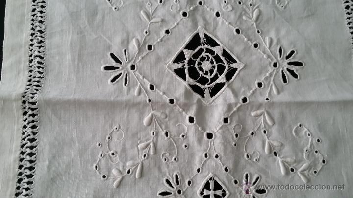 Antigüedades: Tapete antiguo - lino bordado - Foto 4 - 54192178