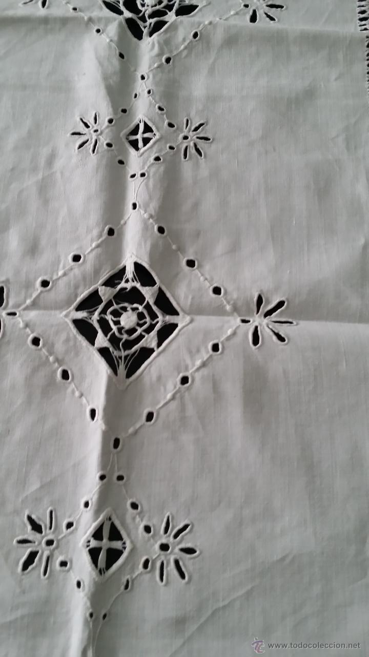 Antigüedades: Tapete antiguo - lino bordado - Foto 6 - 54192178