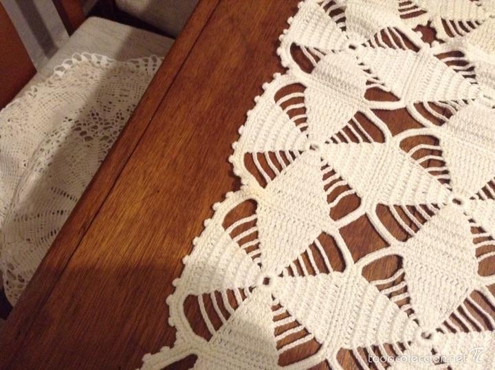 Antigüedades: Tapetes ganchillo mesa - Foto 2 - 54205183