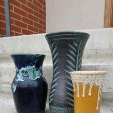Antigüedades: LOTE DE 3 JARRONES DE CERAMICA VINTAGE VALLAURIS(LAVA),AÑOS 60 APROX. Lote 54249009