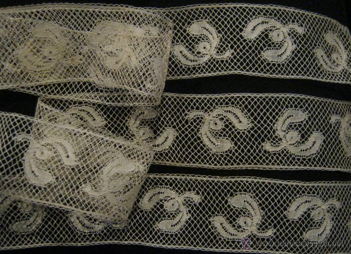 ANTIGUO ENCAJE DE VALENCIENNES S. XIX (Antigüedades - Moda - Encajes)