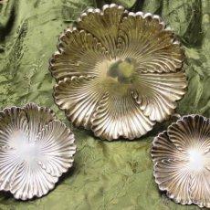 Antigüedades: JUEGO DE TRES SALVILLAS DE PLATA PUNZONADA,. Lote 54275563