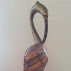 Antigüedades: FIGURA DE CIGUEÑA EN MADERA. Lote 54283547