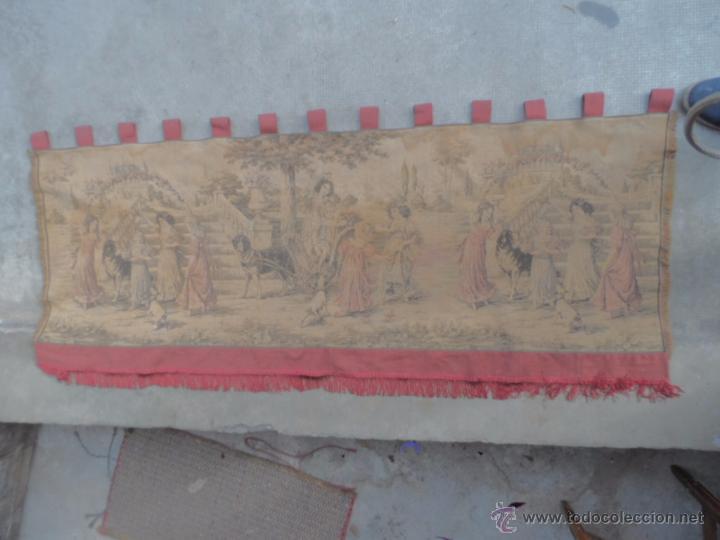 COPETE TAPIZ PRECIOSO VOLANTE DE CORTINA ANTIGUO 1.40 METROS CORTINA DE TAPICERIA (Antigüedades - Hogar y Decoración - Tapices Antiguos)