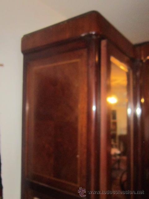 Antigüedades: Armario inglés de grandes dimensiones chapado en caoba con dibujo de marquetería. - Foto 3 - 54313821