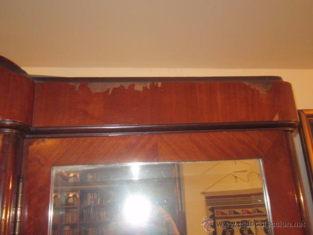 Antigüedades: Armario inglés de grandes dimensiones chapado en caoba con dibujo de marquetería. - Foto 6 - 54313821
