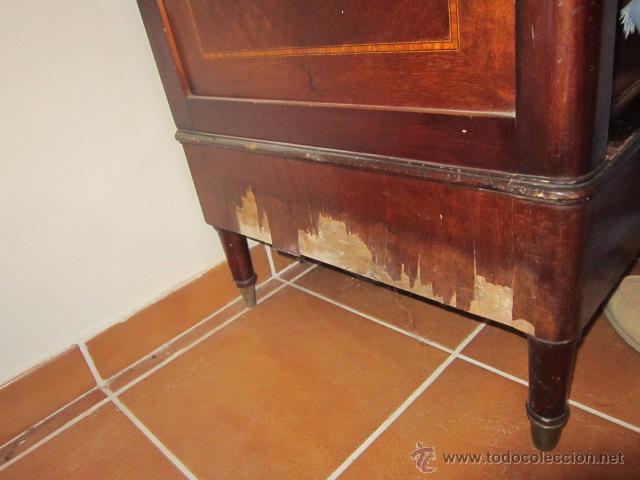 Antigüedades: Armario inglés de grandes dimensiones chapado en caoba con dibujo de marquetería. - Foto 11 - 54313821