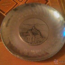 Antigüedades: PLATO DE METAL,DECORATIVO.SIGG SWITZERLAND SIGAL HAND HAMMERED.1954 LOCARNO MADONNA DEL SASSO.. Lote 54378897