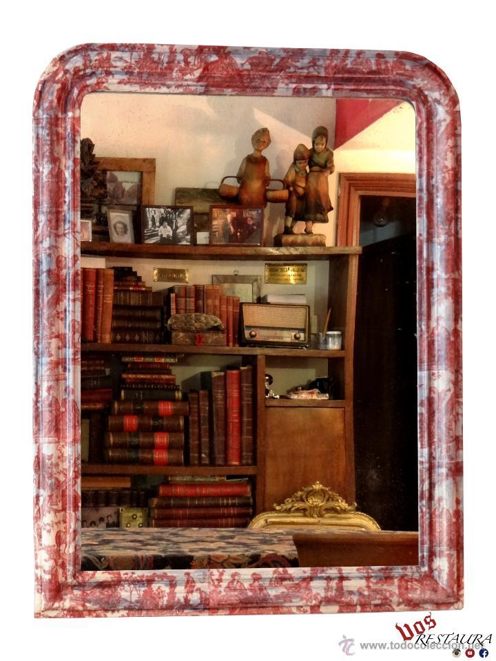 ANTIGUO ESPEJO ISABELINO, RESTAURADO,DECORADO CON TOILE DE JOUY GRANATE. (Antigüedades - Muebles Antiguos - Espejos Antiguos)