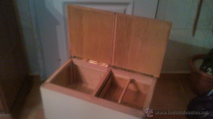 Antigüedades: Antigua mesa auxiliar costurero,con estante y cortina. Siglo xix/xx - Foto 2 - 54475961