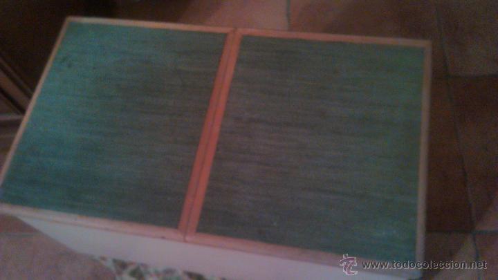 Antigüedades: Antigua mesa auxiliar costurero,con estante y cortina. Siglo xix/xx - Foto 6 - 54475961
