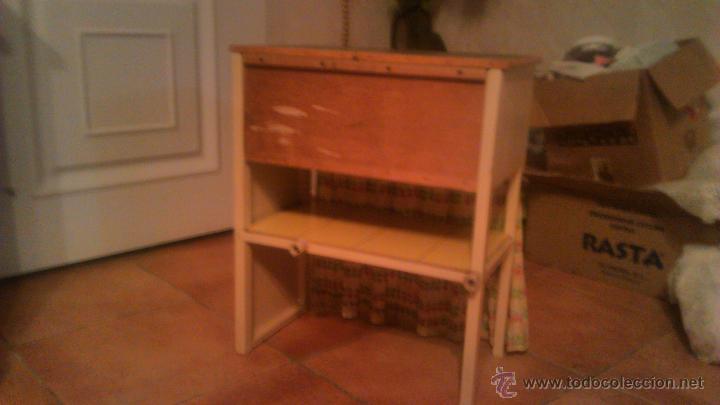 Antigüedades: Antigua mesa auxiliar costurero,con estante y cortina. Siglo xix/xx - Foto 9 - 54475961