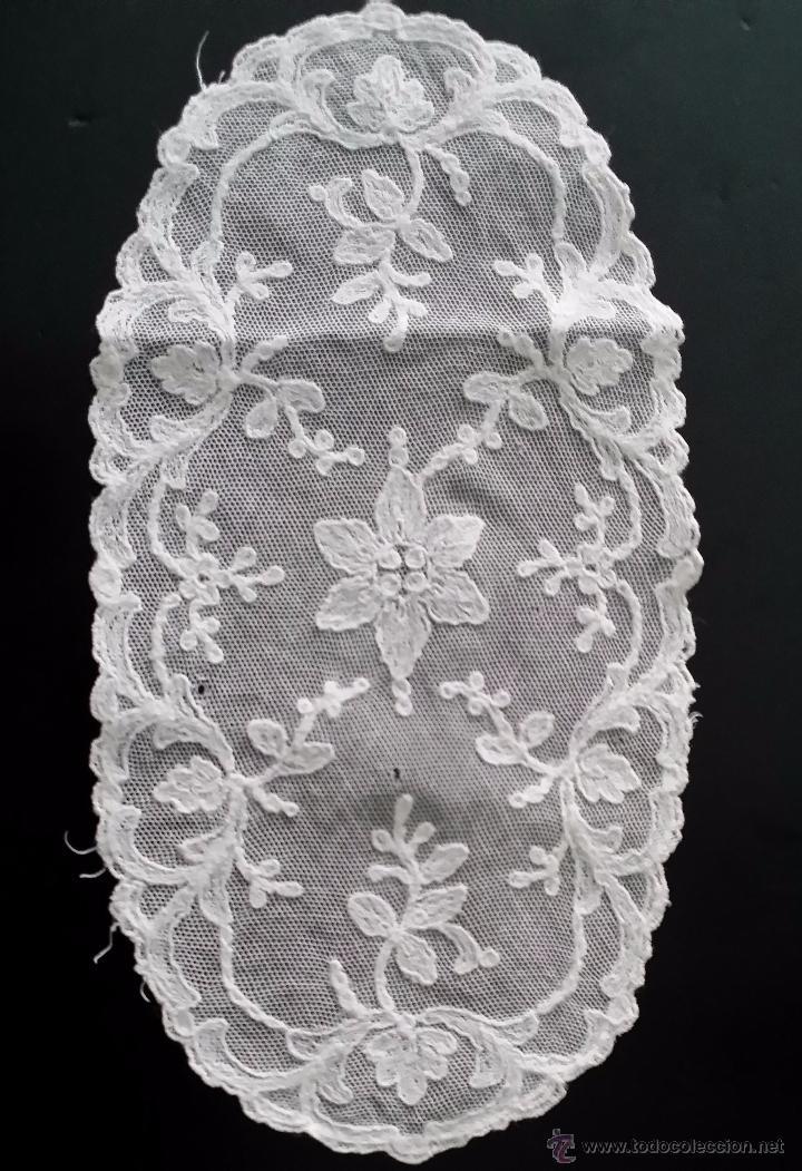 Antigüedades: Antiguo tapete de encaje - Foto 2 - 82922832
