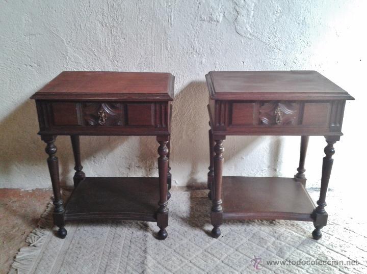 Dos mesillas antiguas de dormitorio mesitas r comprar muebles auxiliares antiguos en - Mesas auxiliares clasicas ...