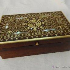 Antigüedades: CAJA CON INCRUSTACIONES.. Lote 54554232