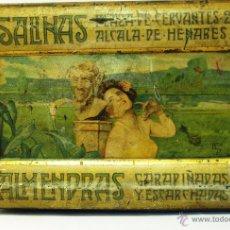 Antigüedades: ANTIGUA CAJA LITOGRAFIADA - ALMENDRAS GARRAPIÑADAS SALINAS - ALCALA DE HENARES - 16 X 10 CM. Lote 54565443