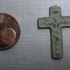 Antigüedades: PRECIOSO CRUCIFIJO DE BRONCE ANTIGUO MEDALLA CRUZ. Lote 54570767