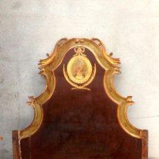 Antigüedades: PRECIOSO CABEZAL DE MADERA TALLADA Y ESTUCO DORADO DE LOS DE OLOT S XVII -XVIII ¡ ENVÍO GRATIS !. Lote 54594990