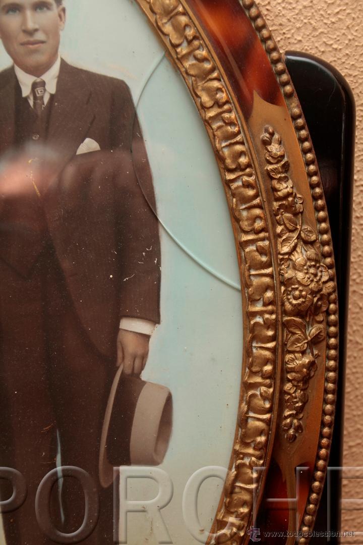Antigüedades: 1 MARCO DE MADERA OVALADO AÑOS 40-50 - 55,5X40 cm - CON FOTO - FOTOFRAFO REIG TARRASA 47X31 cm- - Foto 5 - 54596643