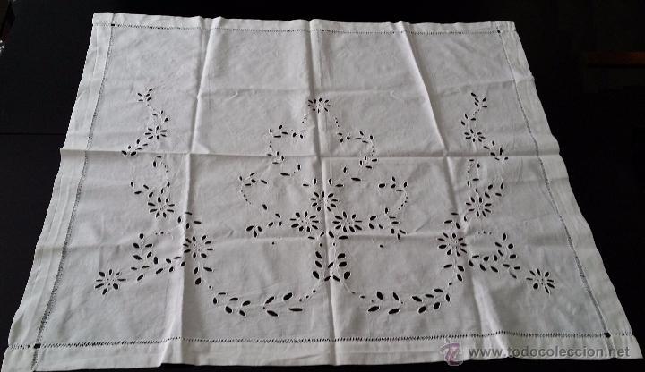 Antigüedades: Antiguo tapete bordado - Foto 2 - 54601310