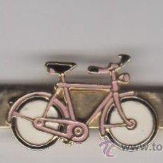 Antigüedades: AGUJA DE CORBATA BICICLETA ESMALTADA. Lote 54606855