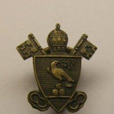 Antigüedades: MEDALLA RELIGIOSA INSIGNIA PAPAL.. Lote 54609762
