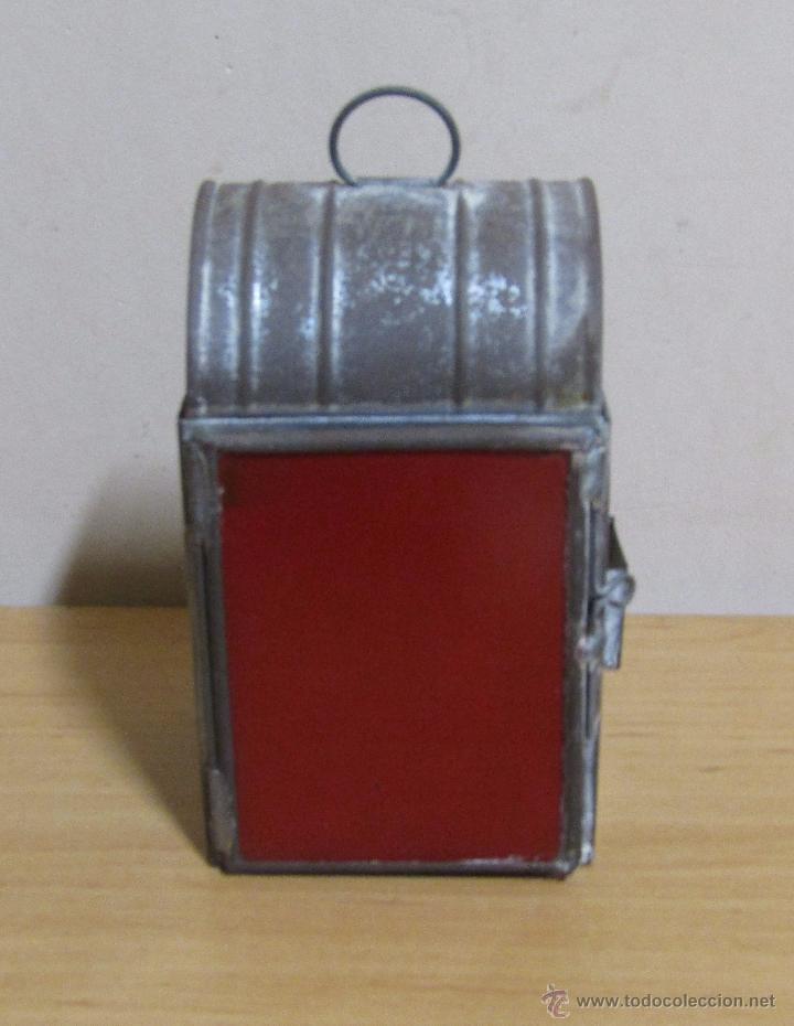 Antigüedades: FAROL DE ACEITE PARA CARRUAJE 14 X 7 X 8 CMS APROX. EN LATON - Foto 2 - 54637146