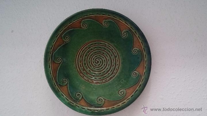 PLATO DECORATIVO- TITO ÚBEDA (Antigüedades - Porcelanas y Cerámicas - Úbeda)