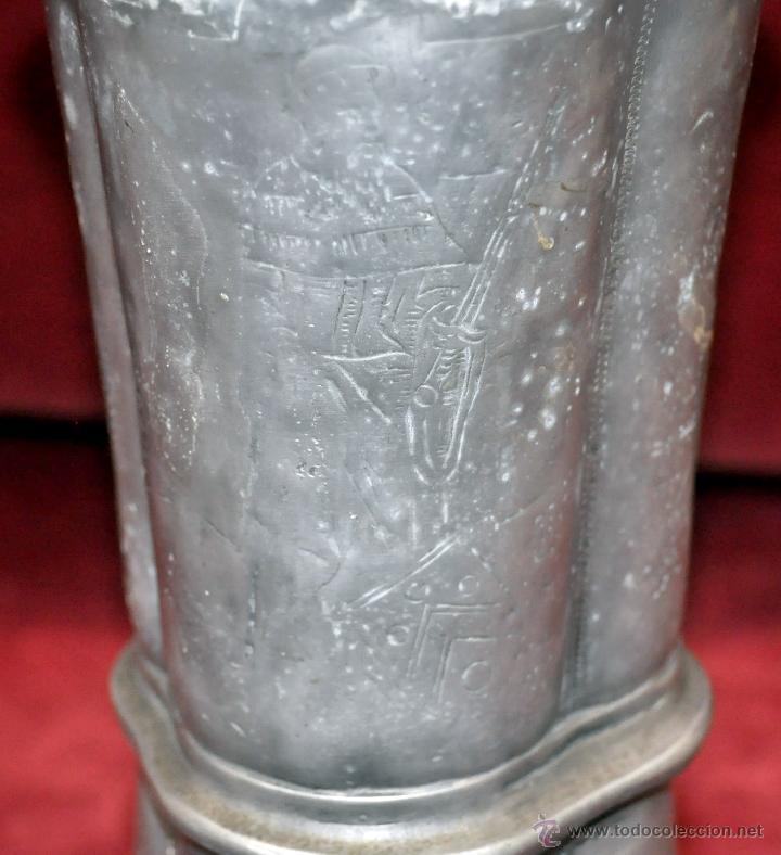 Antigüedades: CURIOSA JARRA EN ESTAÑO DEL SIGLO XIX CON MOTIVOS ORIENTALES - Foto 9 - 54648428