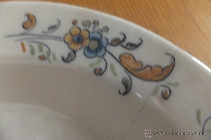 Antigüedades: Plato de vajilla ceramica Talavera Ruiz de Luna con zorro - Foto 5 - 54662341