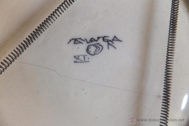 Antigüedades: Plato de vajilla ceramica Talavera Ruiz de Luna con zorro - Foto 9 - 54662341