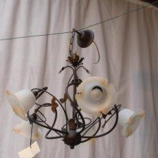 Antigüedades: LAMPARA DE TECHO DE 5 LUCES EN METAL CON TULIPAS DE CRISTAL. Lote 54664762
