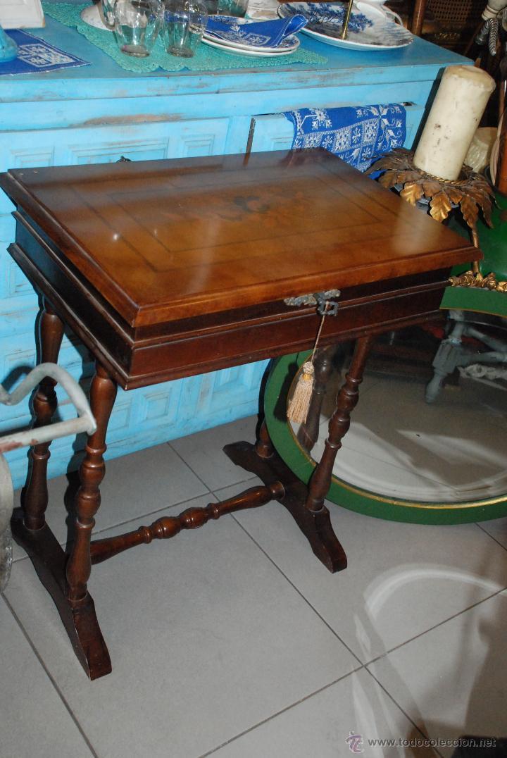 MUY BONITO COSTURERO DE MARQUETERÍA (Antigüedades - Muebles Antiguos - Auxiliares Antiguos)