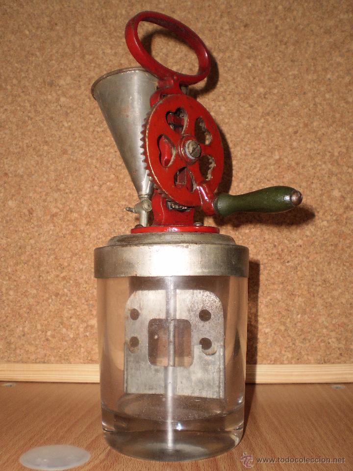 Antigua maquina de hacer alioli y salsas a os 5 comprar for Utensilios de hogar