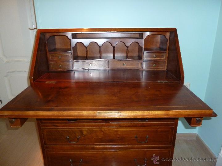 bureau de casa valent madera noble con marqueteria tres cajones grandes y uno pequeo superior