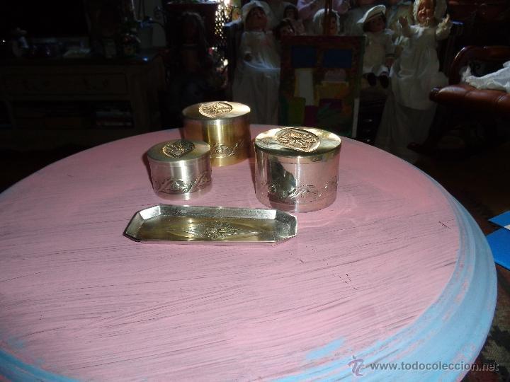 JUEGO DE TOCADOR MODERNISTA DE PLATA MARCADO, SON PRECIOSOS Y BIEN CONSERVADOS (Antigüedades - Porcelanas y Cerámicas - Otras)