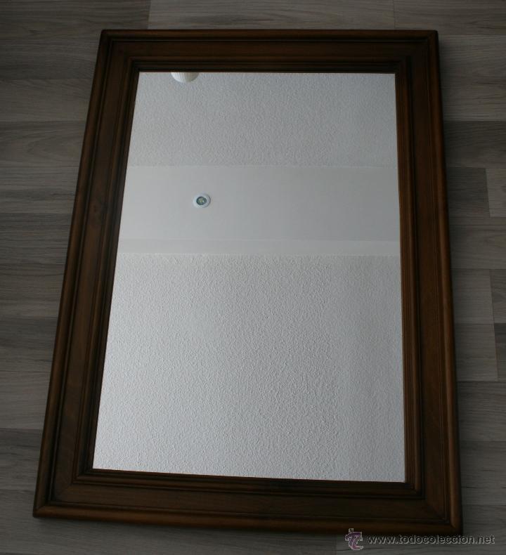 magnifico espejo con marco de madera con sello - Comprar Espejos ...