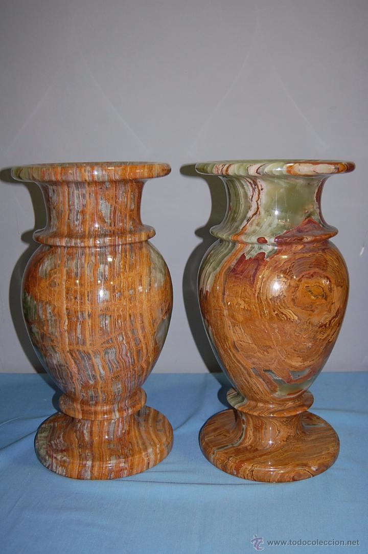 PRECIOSA PAREJA DE JARRONES COPAS EN ÓNICE - ONIX (Antigüedades - Hogar y Decoración - Copas Antiguas)