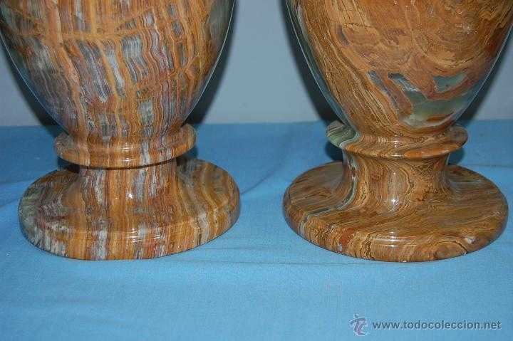 Antigüedades: PRECIOSA PAREJA DE JARRONES COPAS EN ÓNICE - ONIX - Foto 5 - 54750825