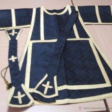 Antigüedades: DALMÁTICA EN DAMASCO NEGRA, CON MANÍPULO.. Lote 54751321