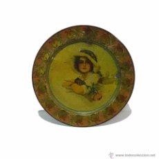 Antigüedades: ANTIGUA BANDEJA PARA SERVIR EN METAL LITOGRAFIADO CON PUBLICIDAD- EPOCA MODERNISTA. Lote 54775466