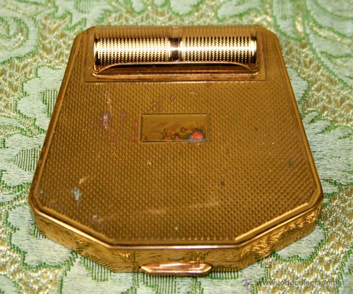 ESTUCHE POLVERA-PINTALABIOS. METAL DORADO. CORONA PARIS. FRANCIA. CIRCA 1935 (Antigüedades - Moda y Complementos - Mujer)