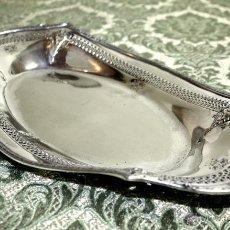 Antigüedades: BANDEJA PARA PAN. METAL CHAPADO EN PLATA. DERBY. S.P.CO. U.S.A. CIRCA 1898. Lote 54490459