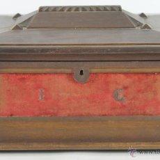 Antigüedades: COFRE JOYERO EN MADERA DE NOGAL. SIGLO XIX.. Lote 52994496